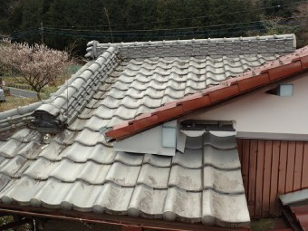 ラバーロック工法が施工された瓦屋根