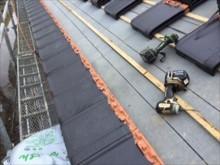 瓦桟木打ち終了後、新規瓦揚げ施工